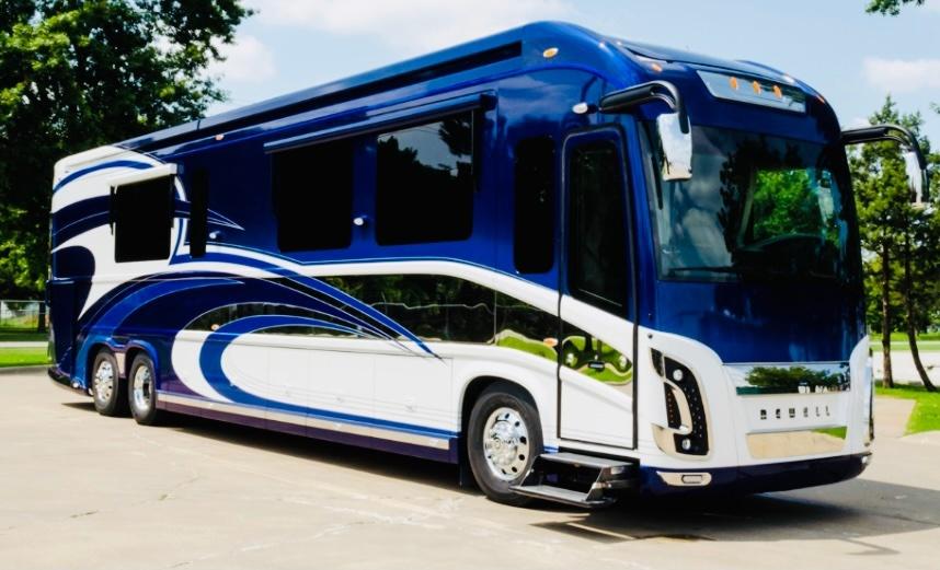 Photo Used 2014 Newell Coach Class A RV  $887800
