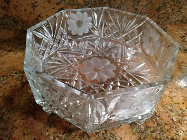 Photo VINTAGE MMC GLASS DISHES (BEST OFFER)