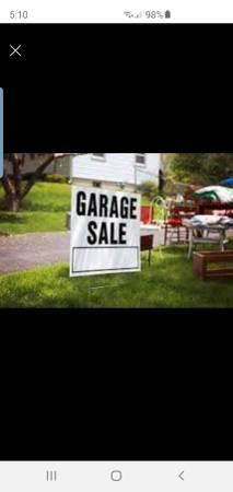Photo garage sale in fullerton (Fullerton)