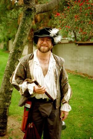 Photo renaissance faire costume - $25 (Huntington Beach)