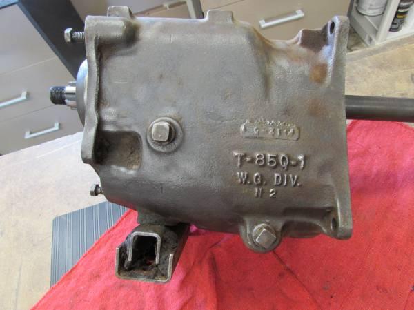 Photo 196039s Jeep T85Q1 Warner 3-Speed - $100 (Coos Bay)