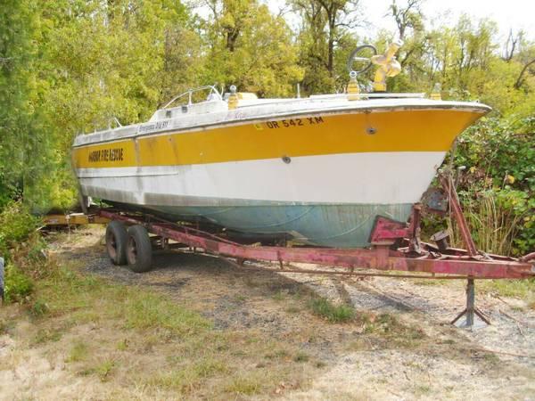 Photo 1965 Dorsett 23 Jet Boat  Fire Rescue boat - $1,900 (Grants Pass)