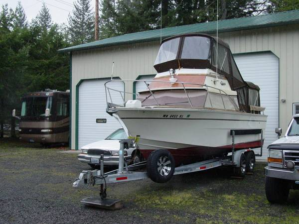 Photo 1976 25ft Carver Cabin Cruiser - $8,500 (Coos Bay)