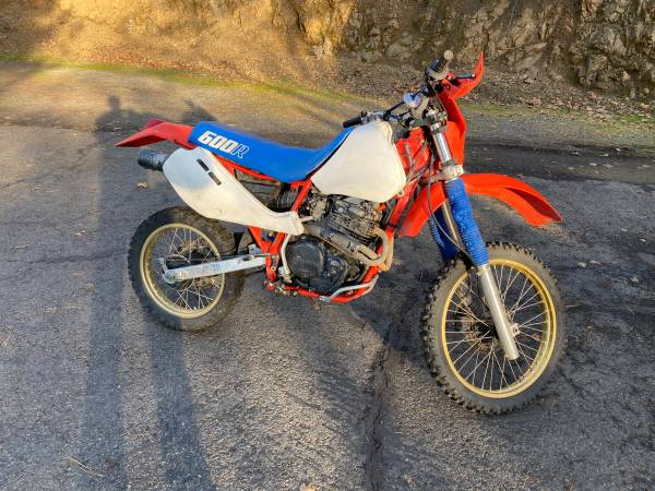 Photo 1986 Honda XR600R - $1,000 (Medford)