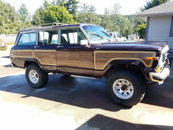 Photo 1990 Jeep Grand Wagoneer - $2,300 (Reedsport)