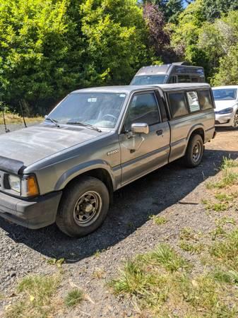 Photo 1990 Mazda B2200 - $3,100 (Port Orford)