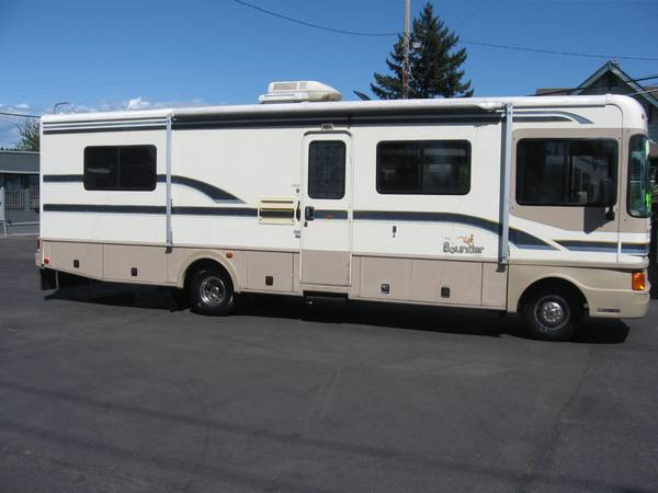 Photo 1997 Fleetwood Bounder - $9950 (Portland)