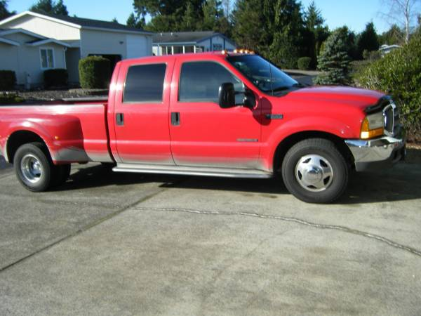 Photo 1999 ford f350 crew cab 7.3 dually. - $12 (Florence)