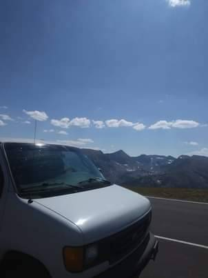 Photo 2004 ford e250 cargo van - $3,100 (Toledo, Oregon)