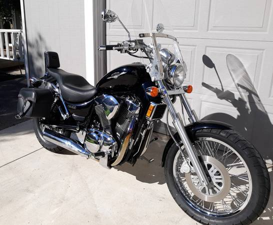 Photo 2006 SUZUKI BOULEVARD S83 - $3,200 (EUGENE)