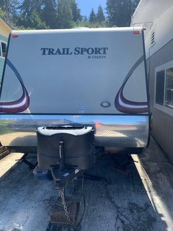 Photo 2013 Trail Sport R-Vision Travel Trailer - $12,999 (Coos Bay)
