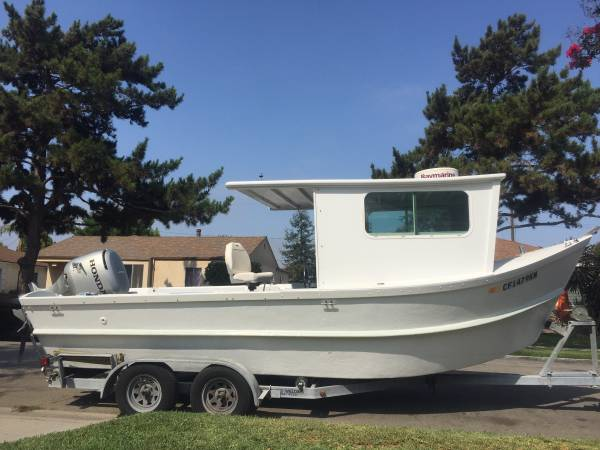 Photo 22 Sea Dory Pilot house w 4 stroke Honda outboard - $8,995 (PACIFIC CITY)