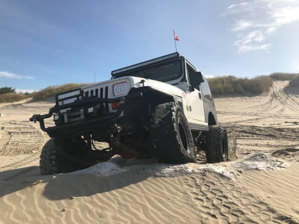Photo 95 Jeep Wrangler - $7,000 (Florence)