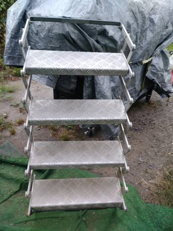 Photo All aluminum folding sters for cer or  - $95 (Reedsport)