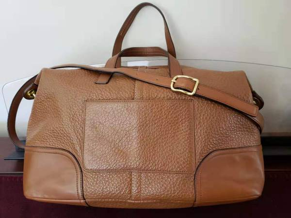 Photo Coach Leather satcheltote  classic leather bag  suitcase - $85 (Waldport)
