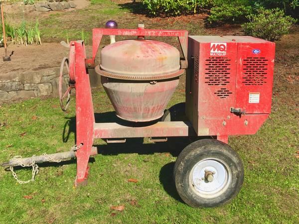 Photo Concrete mixer - $1,500 (Coos bay)