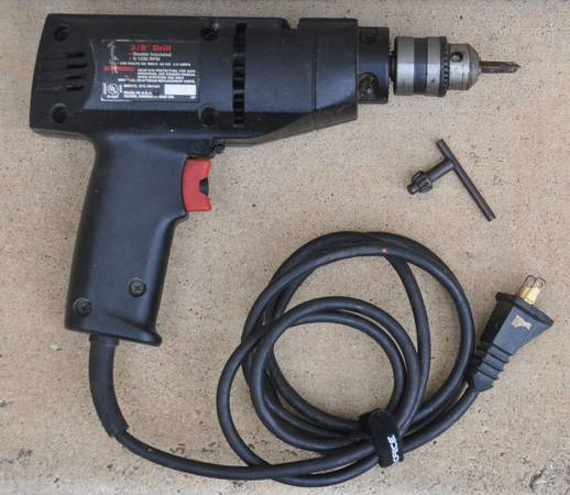 Photo Craftsman 38 Corded Variable Speed Reversible 13 HP Drill w Key - $25 (Florence)