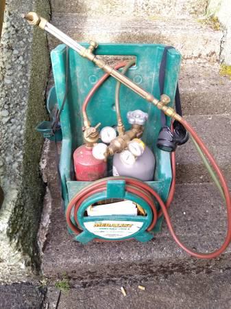 Photo Gas Welder - $300 (Coos Bay)