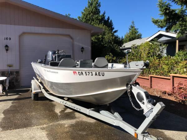 Photo Hewescraft 2012 2039 plus extras - $22,500 (Florence, Oregon)