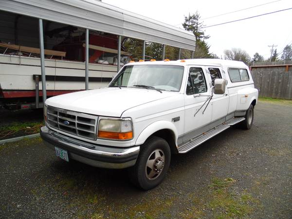Photo Nice 95 Ford F350 Dually Crew Cab with Canopy and Tool Box - $3950 (Coos Bay)