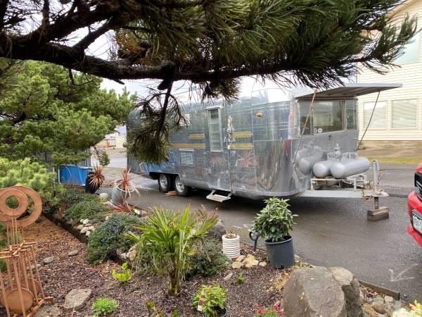 Photo Remarkable Vintage 6239 Streamline Duke Trailer for sale - $23,000 (Portland, Oregon)