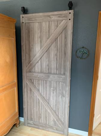 Photo Sliding Barn Door - $200 (Coos Bay)