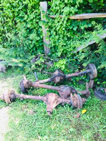 Photo Willys Jeep front ends - $100 (Coos Bay)