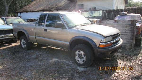 Photo 2002 Chevy ZR2 S10 3door - $2,200 (Lady Lake, Fl.)