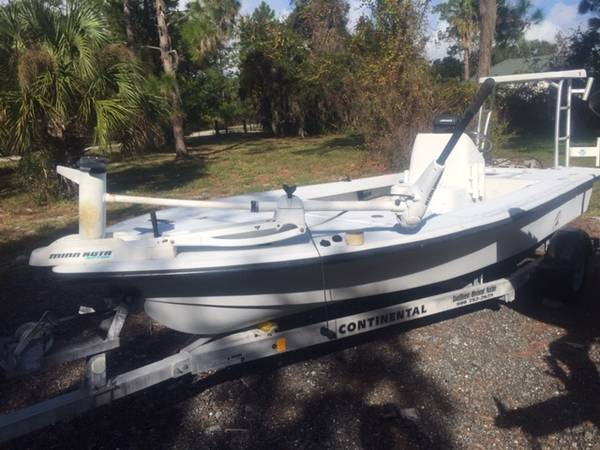 Photo 2006 Baycraft tunnel hull 18 flats boat with 2018 aluminum trailer - $4500 (Oak Hill)
