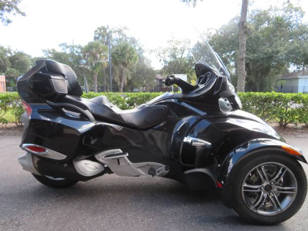 Photo 2010 Can Am Spyder RT-S SM5 Warranty and Financing - $11,900 (Sanford)