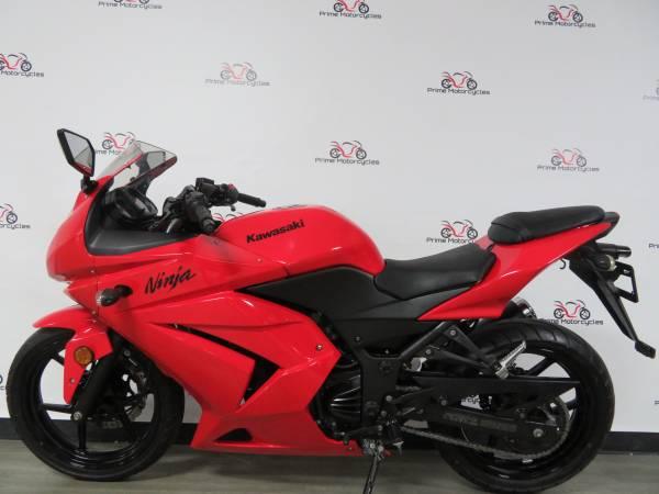 Photo 2010 Kawasaki Ninja 250R Warranty and Financing - $2,950 (Sanford)