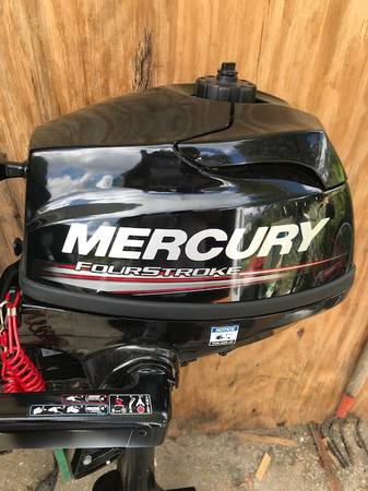 Photo 2.5 HP Outboard Motor NEW CONDITION UNDER 10HRS USE - $600 (Deltona)