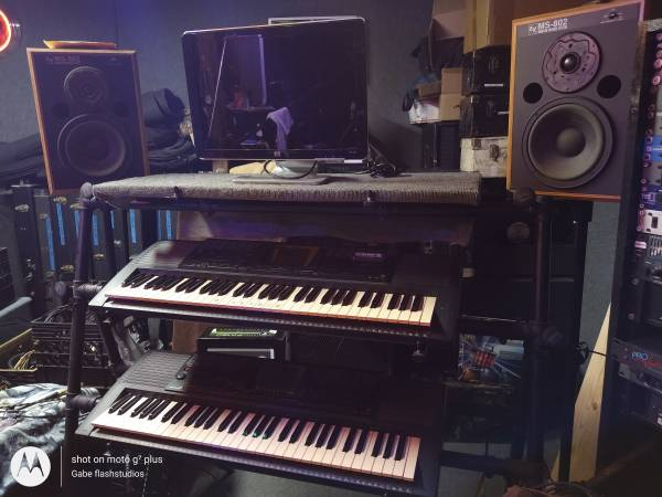 Photo 3 Tier Black Keyboard Stand.On-Stage A frame style - $155 (DeltonaOsteen)