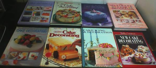 Photo 8 Books all about Cake Decorating, 2 Betty Crockers  6 More all $10 - $10 (KISSIMMEE)