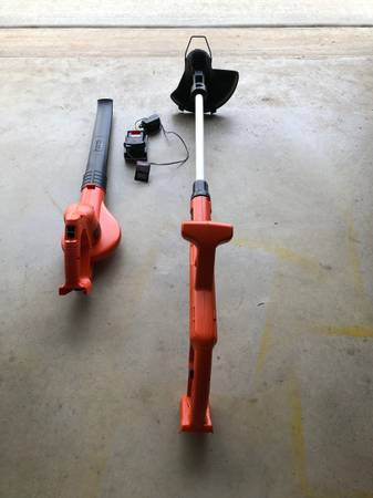 Photo Black and Decker 20 Volt Cordless Yard Tools - $75 (Mount Dora)