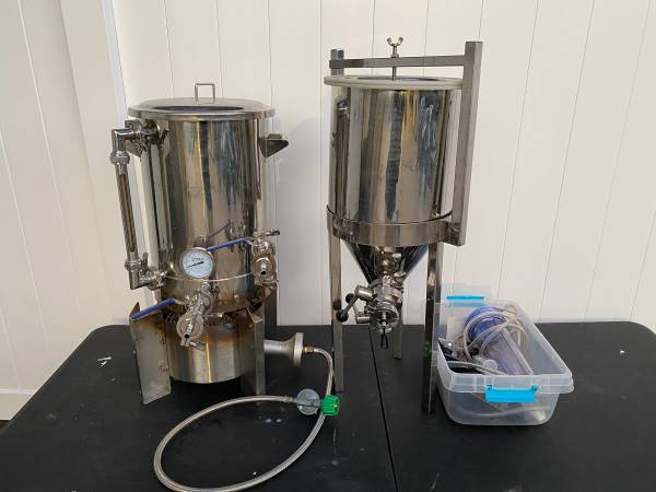 Photo Burner, 6.5 gallon kettle and conical fermenter for brewing - $350 (Orlando)