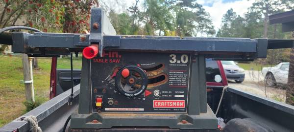 Photo Delta or Craftsman Table Saw either one $125 - $125 (Oviedo)