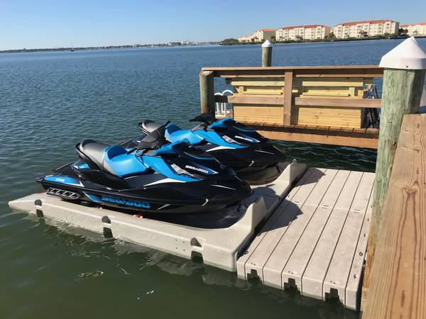 Photo FLOATING DOCKS  PWC PORTS  JET-SKI PORTS  KAYAK DOCKS - $690 (Orlando)