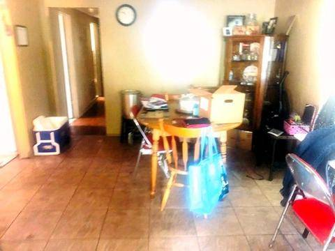Photo HOME HAS BEEN A RENTAL PROPERTY CASH OFFERS ONLY (ORLANDO, FL)