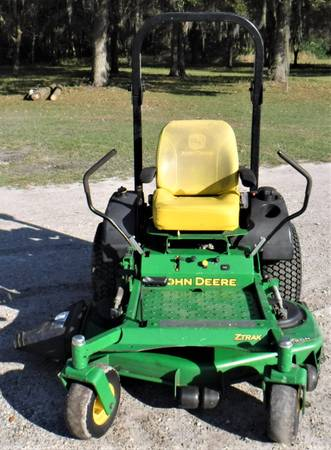 Photo John Deere 48quot Cut Commercial Zero Turn Lawn Mower  Fully Serviced - $3,450 (Sanford)