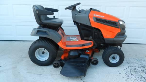 Photo Like New Husqvarna 48quot Riding Lawn Mower - $1600 (Winter Springs)