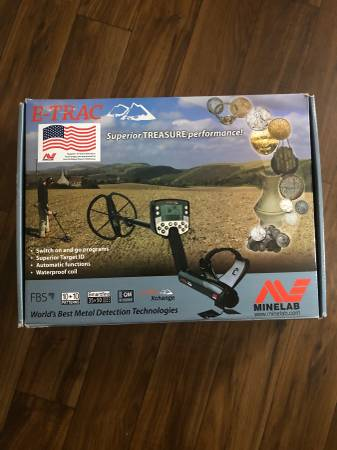 Photo Minelab E-Trac Metal Detector - $750 (Oviedo)