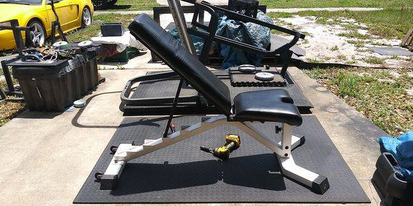 Photo Nautilus commercial adjustable weight bench $500 firm - $500 (deltona)