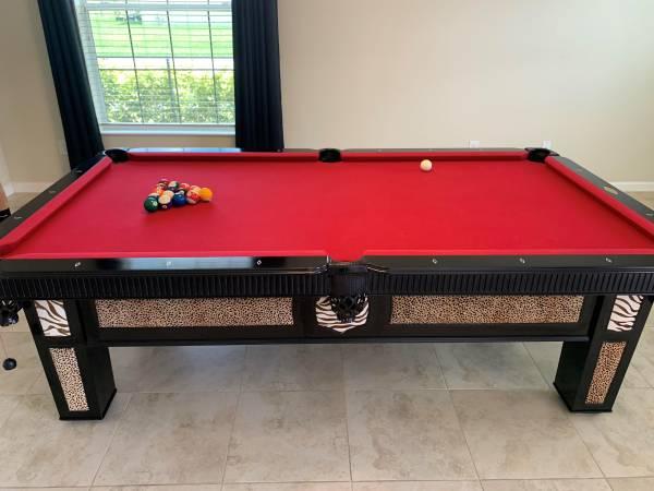 Photo Nice Proline 8 Foot Pool Table - $2,500 (Longwood)