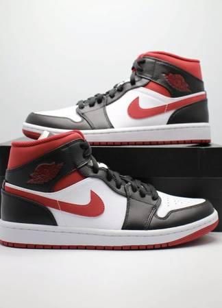 Photo Nike Air Jordan 1 Mid White Black Gym Red Size 10 - $125 (Orlando)