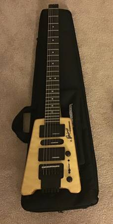 Photo Steinberger Spirit GT Pro Deluxe Electric Guitar (with Bag) Natural - $300 (Ocoee)