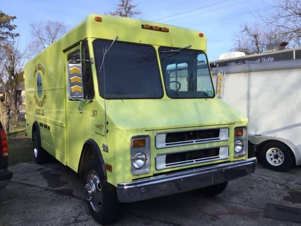 Photo Step van Ice cream truck Food truck - $1 (Dublin Ohio)