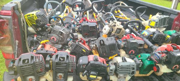Photo String trimmers, Edgers, WeedEaters, Engines, Attachments, More. SE - $9 (oviedo  UCF area  East Orlando)