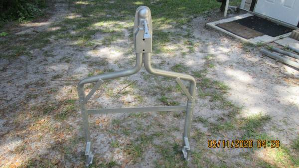 Photo Vw Beetle tow bar - $135 (Wildwood, Fl)
