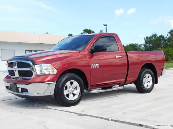 Photo 2013 RAM 1500  CLEAN  - $15,995 ( NO DOC FEES )